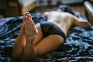 Boudoir feet